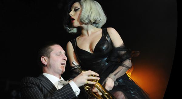 Gaga và Brian Newman đã cộng tác nhiều năm nay.