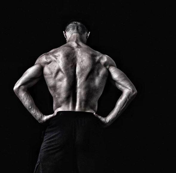 Lượng mỡ chỉ chiếm 7% cơ thể Ronaldo, với 50% là cơ bắp.