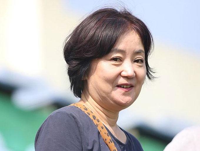 Bà xã Choi Sang-a của HLV Park.