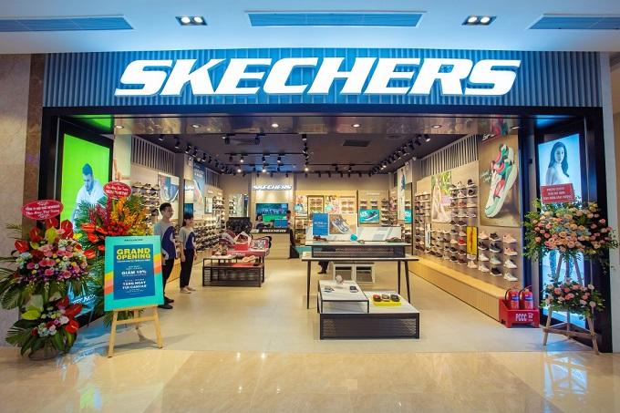 Được xem là địa điểm gợi ý lý tưởng cho mọi thần kinh giày Hà thành, cửa hàng với không gian trưng bày hiện đại của Skechers hứa hẹn mang đến những phút giây mua sắm tuyệt vời.