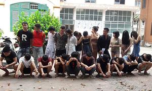 24 thanh niên phê ma túy trong quán hát ở Hưng Yên