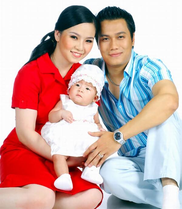 Việt Anh và người vợ đầu tiên khi còn mặn nồng.