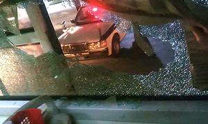Hành khách trúng mảnh kính vỡ khi xe giường nằm bị ném đá