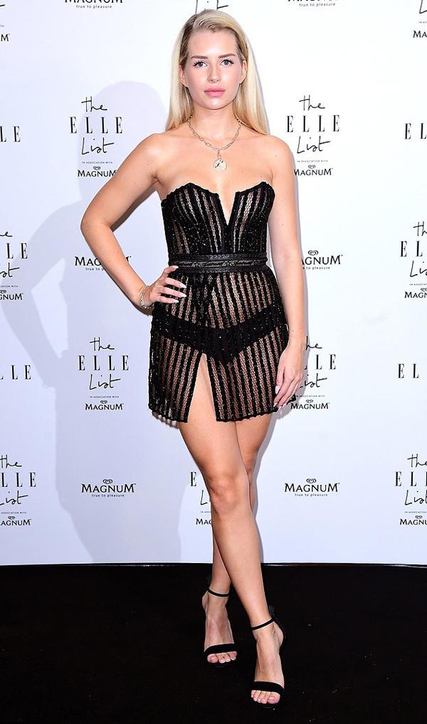 Lottie Moss gây chú ý trong sự kiện ở London tối qua với phong cách sexy hết cỡ.
