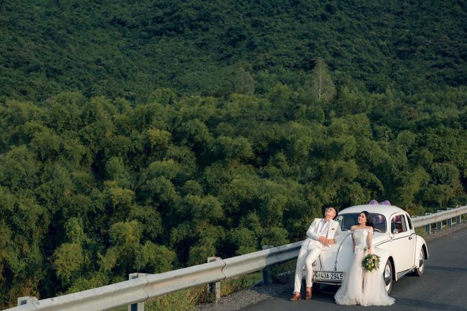 Thung lũng Yên Retreat là địa điểm chụp ảnh cưới mới được bóc tem nằm cách trung tâm thành phố Đà Nẵng không xa, dành cho những cô dâu chú rể yêu thích chụp ngoại cảnh, gần gũi với thiên nhiên.