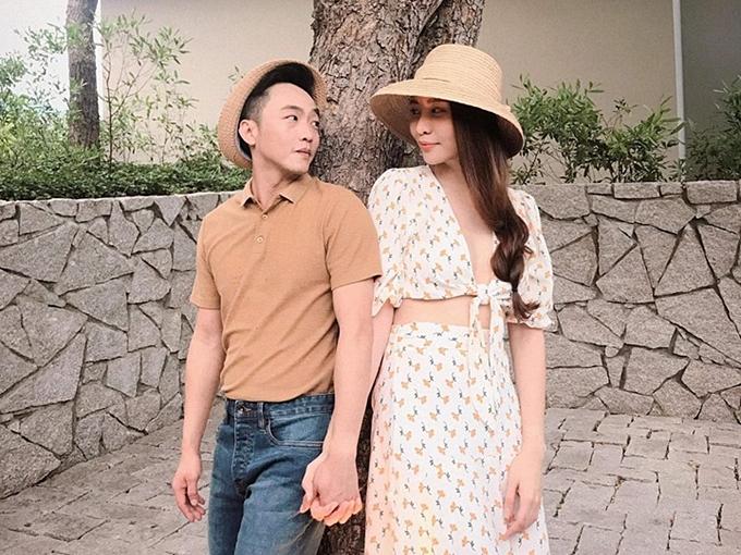 Cặp đôi Cường Đôla và Đàm Thu Trang luôn tình tứ bên nhau.