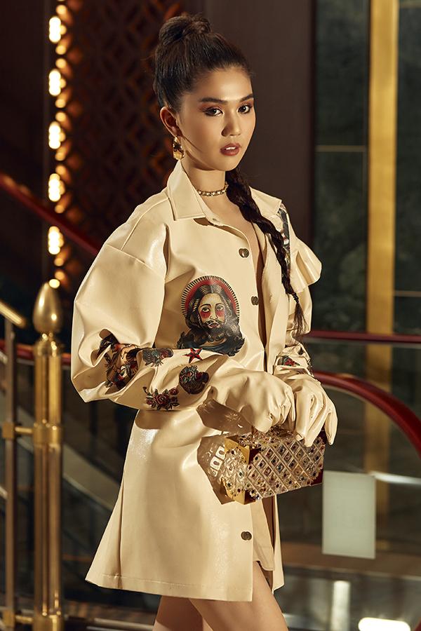 Bộ ảnh được thực hiện với sự hỗ trợ của nhiếp ảnh Mắm, trang điểm Bảo Bảo, stylist Phạm Bảo Luận.