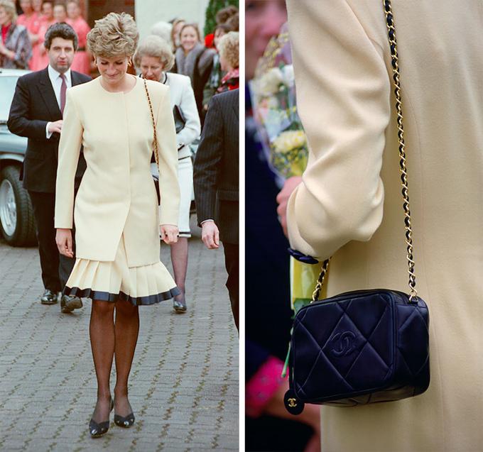 Diana không còn mặc đồ Chanel sau ly hônChanel từng là thương hiệu thời trang yêu thích của cố công nương. Tuy nhiên, sau khi chuyện ngoại tình của Thái tử Charles bị công bố và cặp vợ chồng hoàng gia đi đến ly hôn, Diana ngừng sử dụng trang phục, phụ kiện của nhà mốt danh tiếng nước Pháp. Nguyên nhân là logo Chanel với hai chữ C lồng vào nhau khiến bà liên tưởng tới Charles và Camilla.