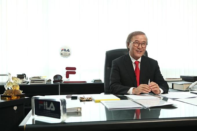 Chủ tịch kiêm CEO Fila Yoon Yoon-soo. Ảnh:Fila.