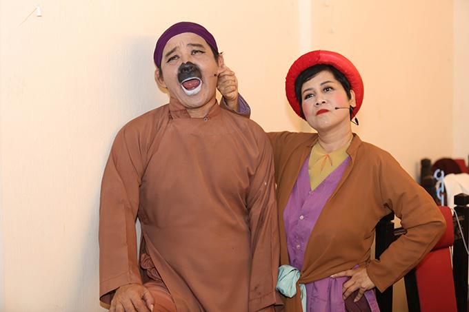 Nhiều diễn viên hài nổi tiếng của khu vực phía Bắc cũng tham gia chương trình nhưMinh Hằng, Chiến Thắng, Quang Tèo, Chiến Thắng...