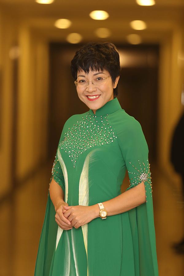 MC Thảo Vân đảm nhận vai trò dẫn dắt chương trình.