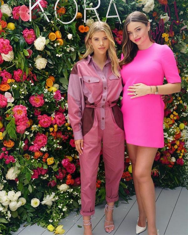 Người mẫu Sofia Richie đến dự sự kiện. Sofia từng là bạn gái của Justin Bieber - nam ca sĩ vướng tin đồn hẹn hò với Miranda Kerr vào năm 2013.
