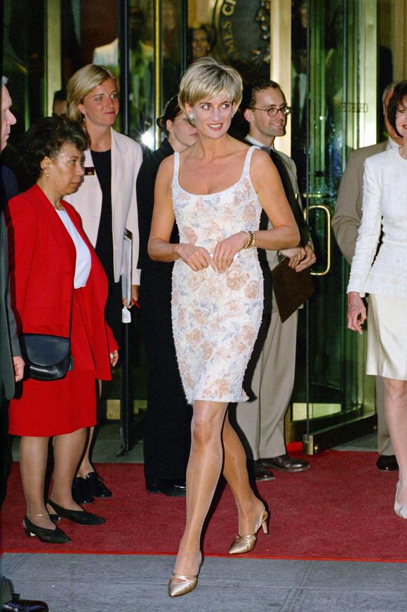 Hậu ly hôn, bà mẹ hai con ngày càng cho thấy sự tự tin, quyến rũ trong gu thời trang, hướng đến hình ảnh người phụ nữ hiện đại, bản lĩnh hơn.