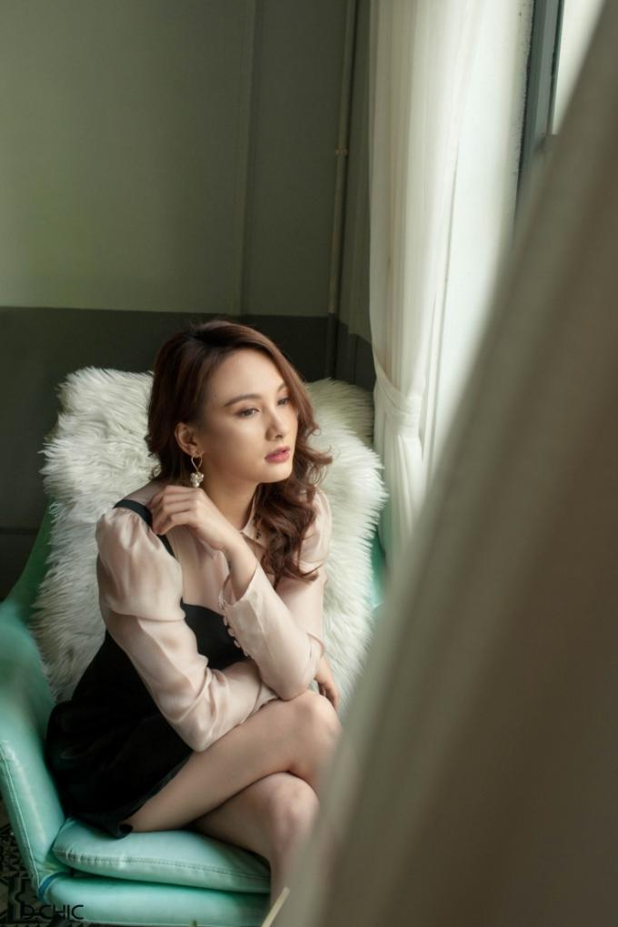 Trái dấu phong cách thời trang của nhân vật Anh Thư và Bảo Thanh - 4