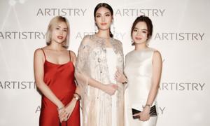 Người đẹp Việt hội ngộ tại dạ tiệc mỹ phẩm Artistry Select Serum