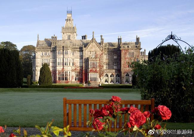 Khung cảnh tuyệt đẹp tại lâu đài nơi Nghệ Hân sẽ làm đám cưới.