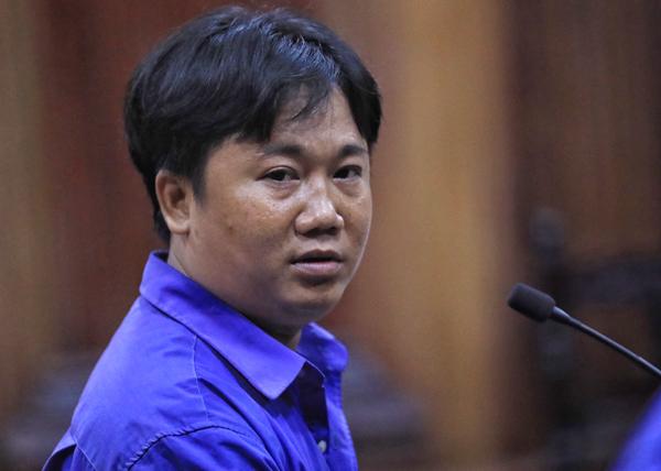 Bị cáo Thanh nộp lại hơn 400 triệu đồng nên được xem xét giảm nhẹ hình phạt. Ảnh: Hữu Khoa.