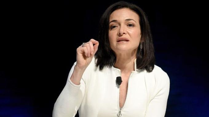 Nhân vật số 2 Facebook Sheryl Sandberg.