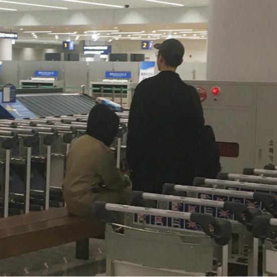 Song Hye Kyo - Song Joong Ki thường mặc lệch pha sau kết hôn - 4