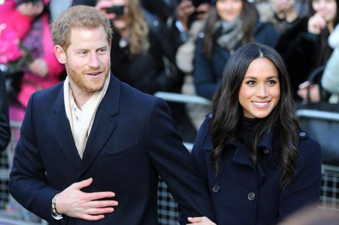 Harry - Meghan hẹn hò được hơn một năm thì công bố đính hôn. Ảnh: