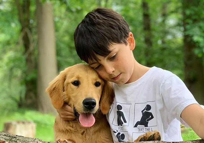 Huxley và Maxx là đôi bạn thân thiết và thường đi chơi công viên cùng nhau. Ảnh: Kenedy News.