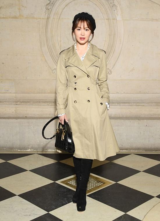 Song Hye Kyo dự show của Dior vào đầu năm 2018.
