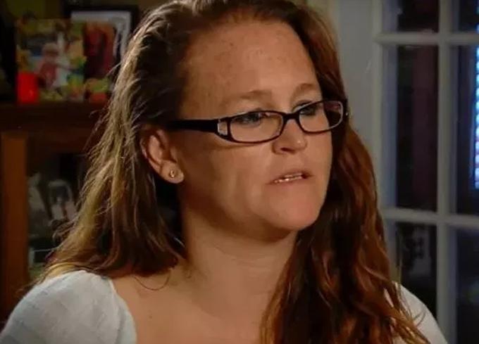 Rosalyn (hiện 33 tuổi) chia sẻ về cuộc sống địa ngục khi bị hiếp dâm từ năm 11 tuổi. Ảnh: KSHB.