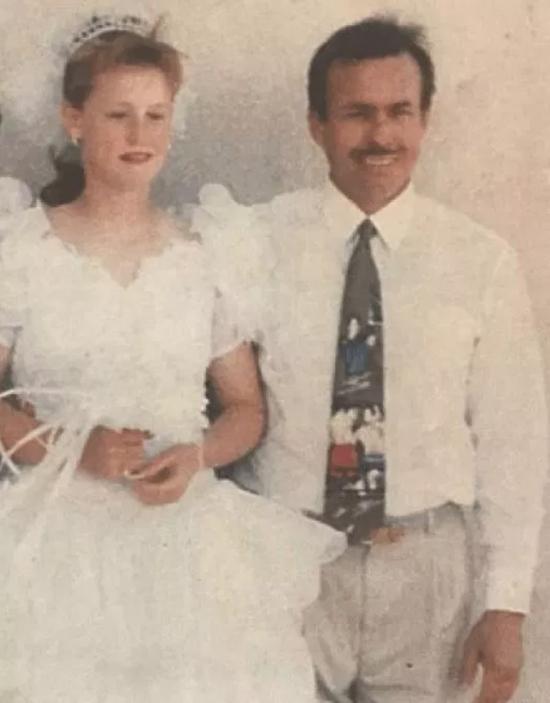 Rosalyn bị ép kết hôn với bố dượng Piette tại bang Oklahoma, Mỹ từ năm 11 tuổi. Ảnh: KSHB.
