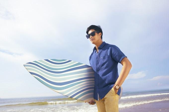Thiết kế áo sơ mi có thể kết hợp nhiều phong cách tới các hoàn cảnh khác nhau.