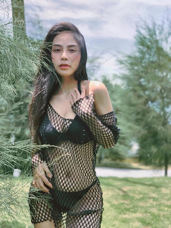 Ca nương Kiều Anh khoe dáng gái một con với bikini - 2
