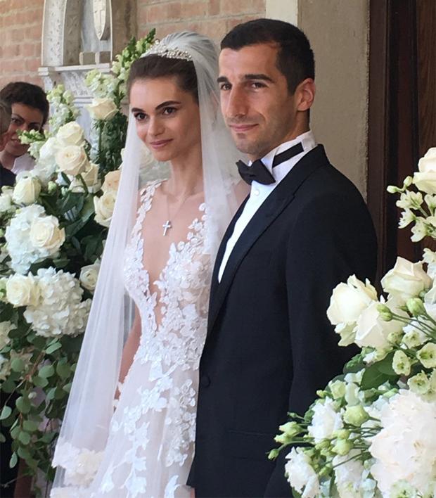 Ngôi sao Arsenal thứ ba lấy vợ trong tháng là Henrikh Mkhitaryan