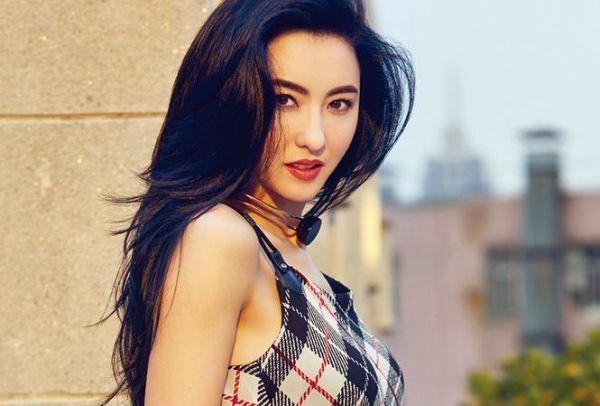 Trương Bá Chi.