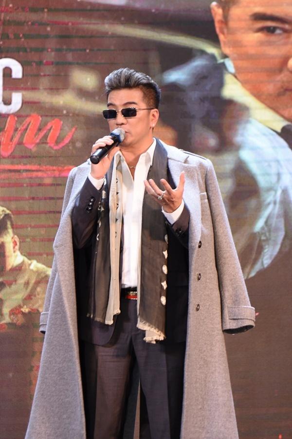 Tối 28/6, Đàm Vĩnh Hưng tổ chức họp fan kết hợp quảng bá MV Đàn ông khóc bằng tim tại Hà Nội.