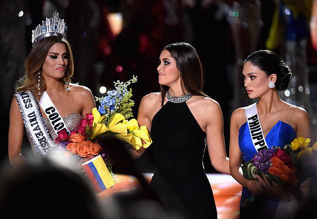 Sau khi mất ngôi vị hoa hậu về tay người đẹp Philippines, cô đã khóc nức nở ở góc sân khấu. Tuy nhiên, người đẹp nhận được sự ủng hộ của khán giả khắp thế giới cũng như quê nhà. Tổng thống Colombia, Juan Manuel Santos, phát biểu: Họ đã đội vương miện lên đầu cô ấy. Các bức ảnh đã chứng minh điều đó. Đối với tôi cũng như tất cả người Colombia, cô ấy sẽ vẫn là Hoa hậu Hoàn vũ.