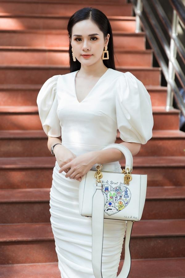 Vòng sơ khảo phía Bắc cuộc thi Hoa hậu Thế giới Việt Nam 2019 diễn ra hôm 28/6 và chọn ra được 35 gương mặt đi tiếp vòng chung khảo. Nổi bật trong dàn thí sinh là Nguyễn Huyền Trang,