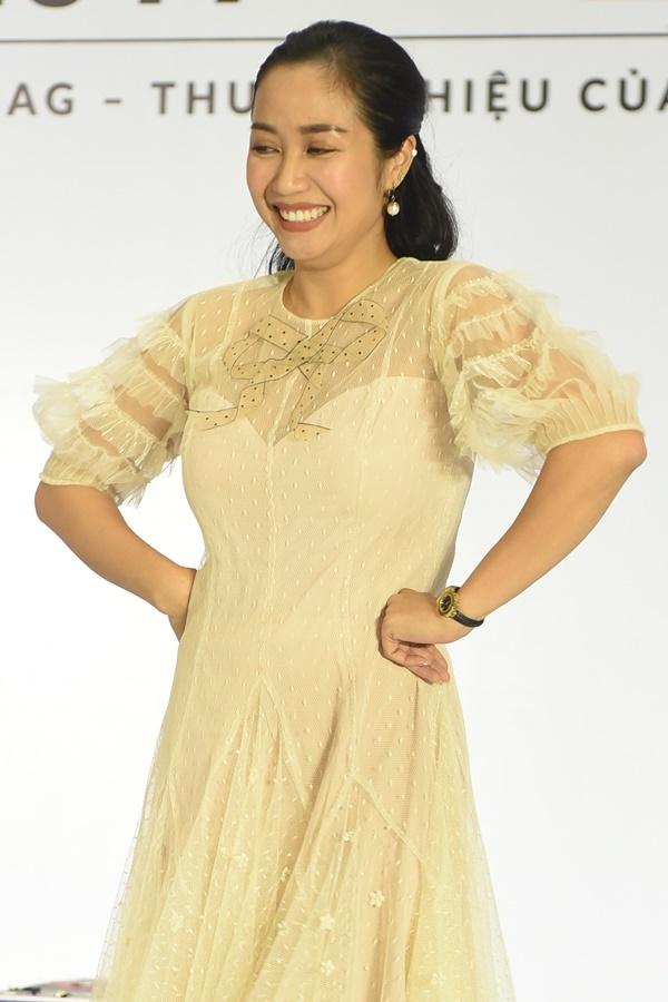 Tối 29/6, Ốc Thanh Vân tham gia làm giám khảo một cuộc thi thời trang dành cho trẻ em tại TP HCM.