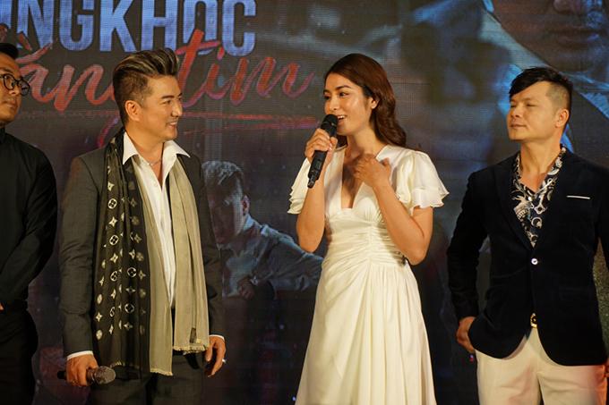 Hồ Ngọc Hằng là người đóng cặp với Đàm Vĩnh Hưng trong MV này. Cô được đánh giá là có diễn xuất tốt và phù hợp với nhân vật mà mình thể hiện.