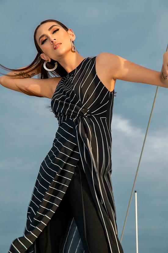 Sau thời gian nghỉ ngơi và đi du lịch, siêu mẫu Võ Hoàng Yến sẽ tái xuất sàn catwalk trong show diễn tổ chức ngay bến cảngnổi tiếng ở TP HCM.