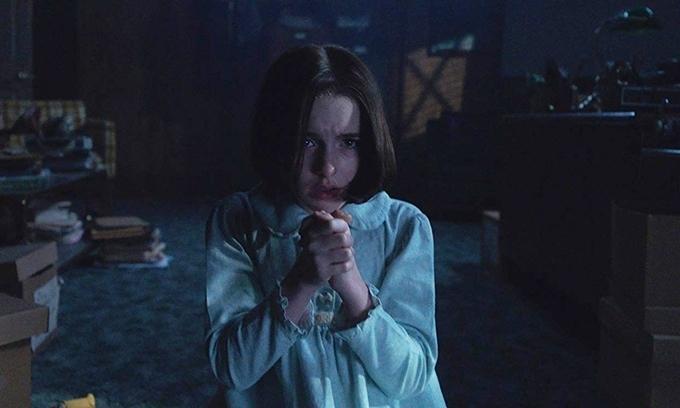 Thay vì hai vợ chồng nhà trừ tà Ed và Lorraine, con gái họ - Judy là người chế ngự búp bê ma Annabelle trong Annabelle: Ác quỷ trở về (Annabelle Comes Home). Vai diễn này được thể hiện ấn tượng bởi ngôi sao nhỏ tuổi Mckenna Grace.