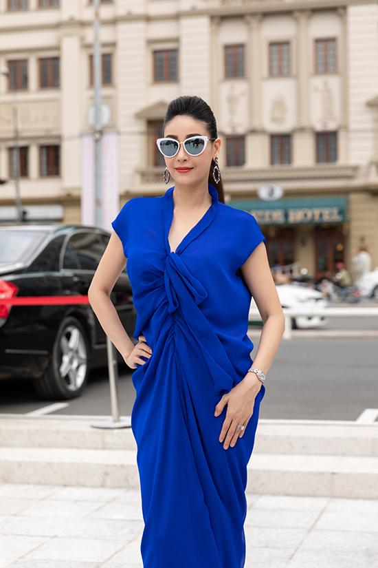 Hà Kiều Anh được khách mời khen ngợi hết lời vì phong cách sang trọng và thanh lịch của quý cô thành đạt.