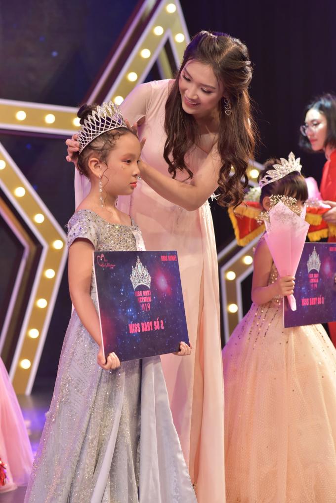 Dương Phan Hải Nguyên đăng quang Miss Baby Việt Nam 2019 - 2