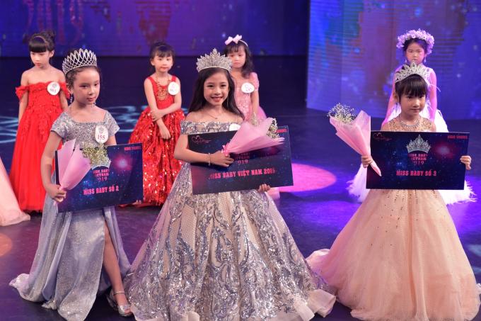 Dương Phan Hải Nguyên đăng quang Miss Baby Việt Nam 2019
