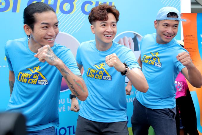 Các nghệ sĩ khuyến khích khán giả chăm chỉ chạy bộ để rèn luyện sức khỏe.