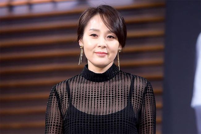 Diễn viên Jeon Mi Seon qua đời ở tuổi 49.