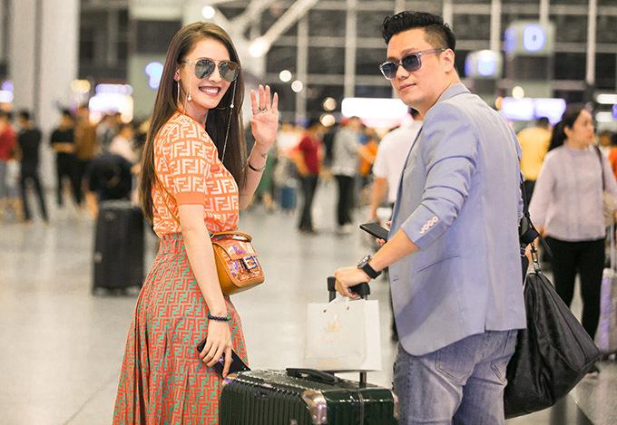 Quế Vân và Việt Anh cùng nhau đi Hàn Quốc hôm 28/6.