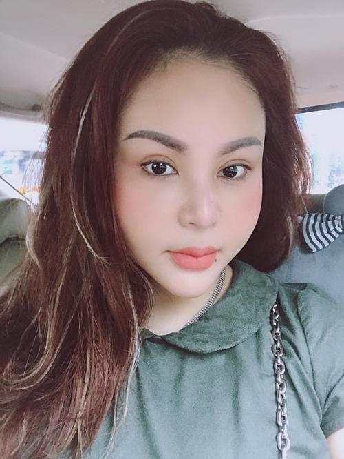 Nghệ sĩ Lê Giang tích cực khoe ảnh selfie trẻ trung, xinh đẹp sau nhiều lần phẫu thuật thẩm mỹ.