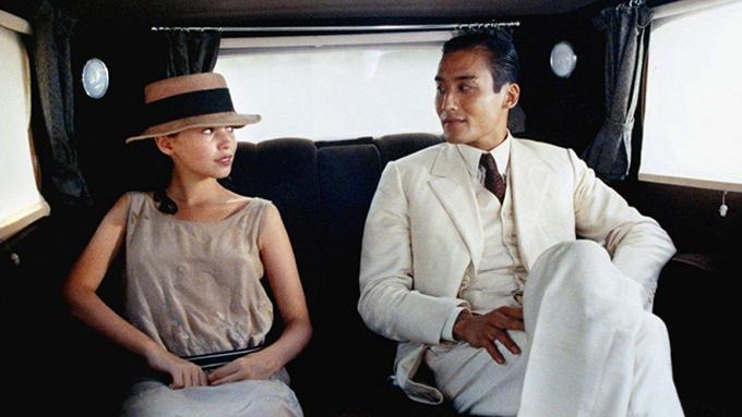 Năm 1992, phim nghệ thuật Người tình quay tại Việt Nam gây sốc với cảnh nóng quay thật giữa Lương Gia Huy và minh tinh người Anh Jane March. Chuyện này từng ảnh hưởng tới gia đình của tài tử Hong Kong, nên kể từ đó, anh cố gắng tránh các cảnh tình tứ khi nhận phim mới.