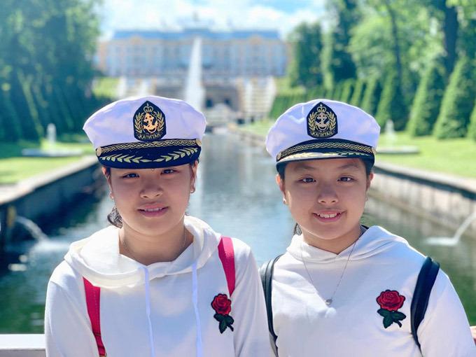 Gia đình Thúy Hạnh Minh Khang tận hưởng mùa hè ở Nga - 6