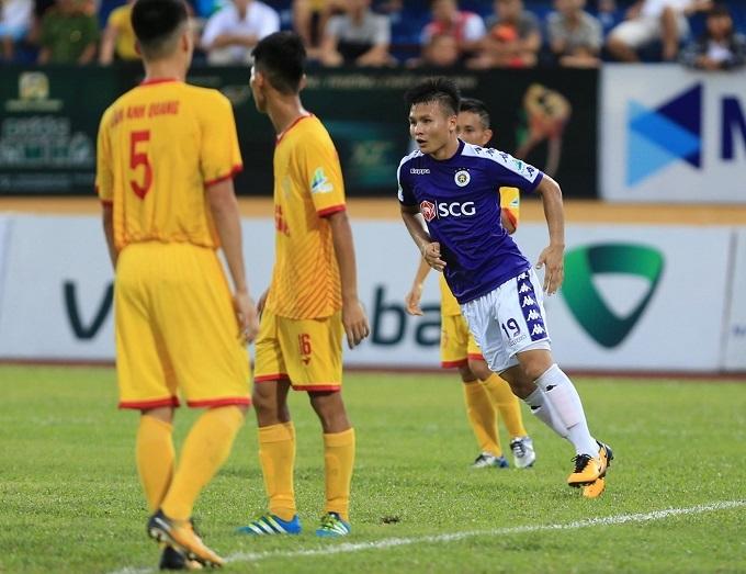 Quang Hải ghi bàn thắng thứ 4 cho Hà Nội. Ảnh: HNFC.