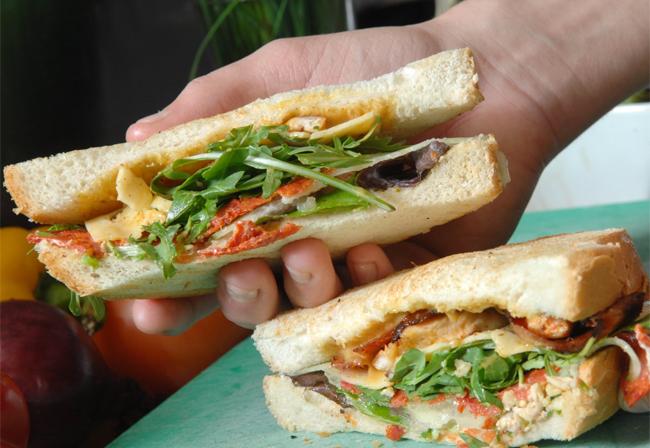 10 sai lầm có thể làm hỏng chiếc bánh sandwich bạn tự tay thực hiện